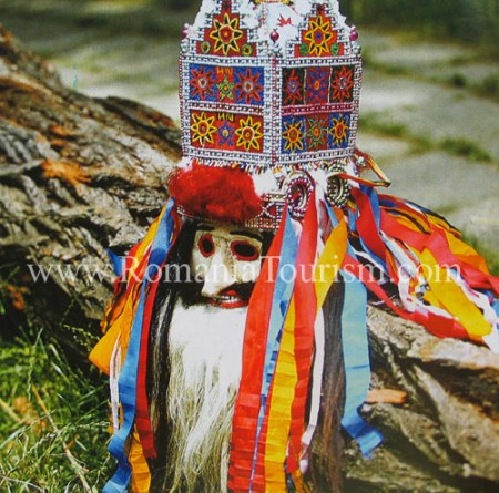 Romanianfolk-art-folk-mask